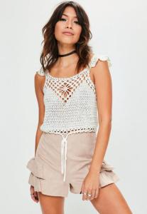 crop-top-blanc-en-crochet--nouer