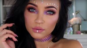 kim-kardashian-elle-lance-une-tendance-maquillage-qui-va-faire-fureur-a-coachella_241051_wide