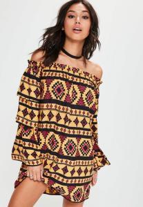 robe-droite-jaune--imprim-aztque-et-col-bateau