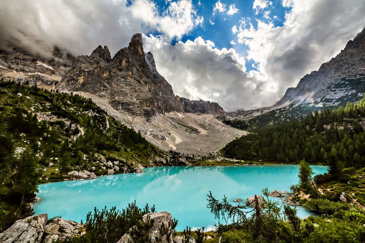 Lago-di-Sorapis-Dolomiti